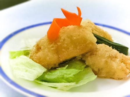 鱈(たら)のフルーツ挟みフライ